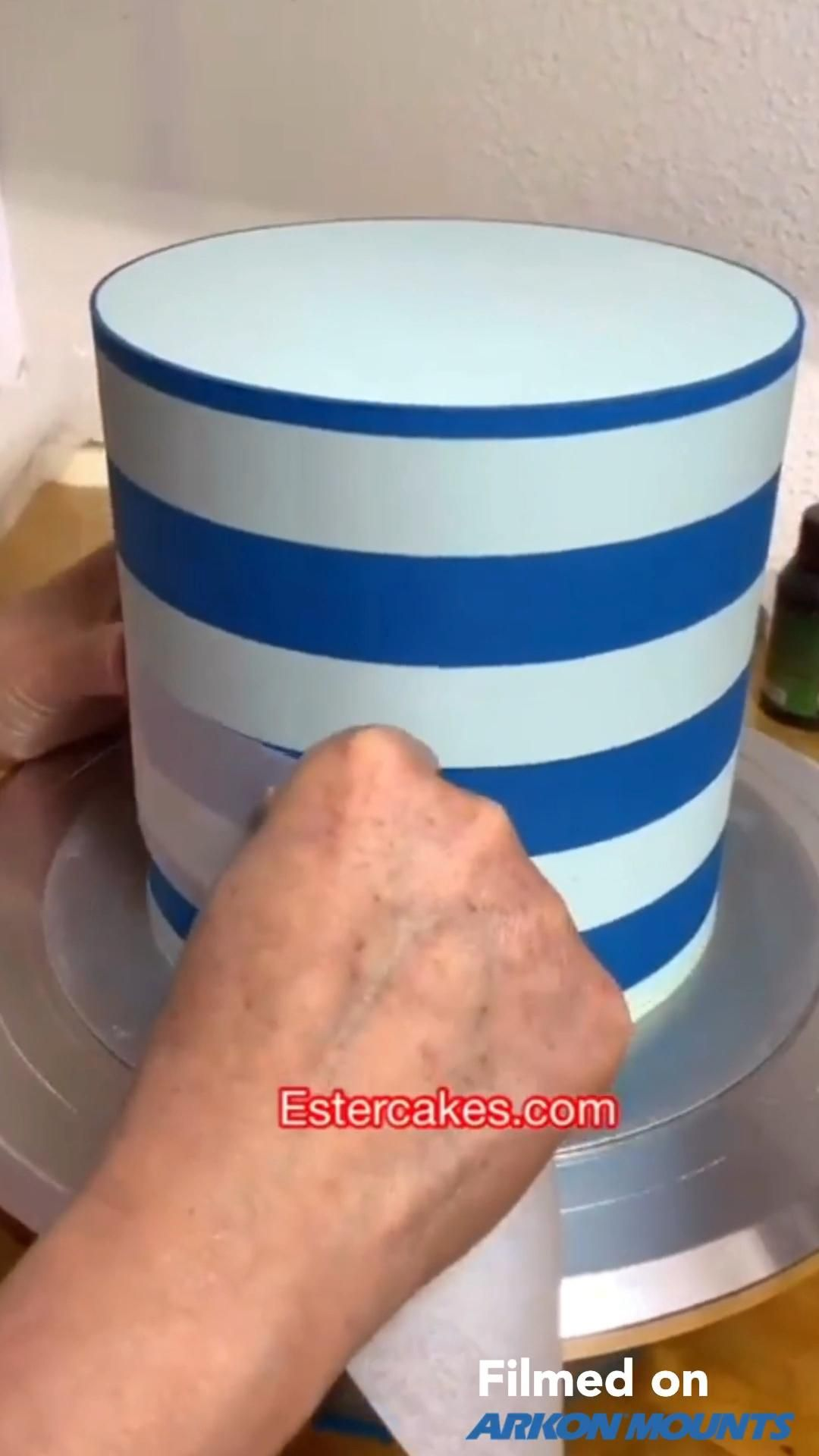 How to Make Striped Cake