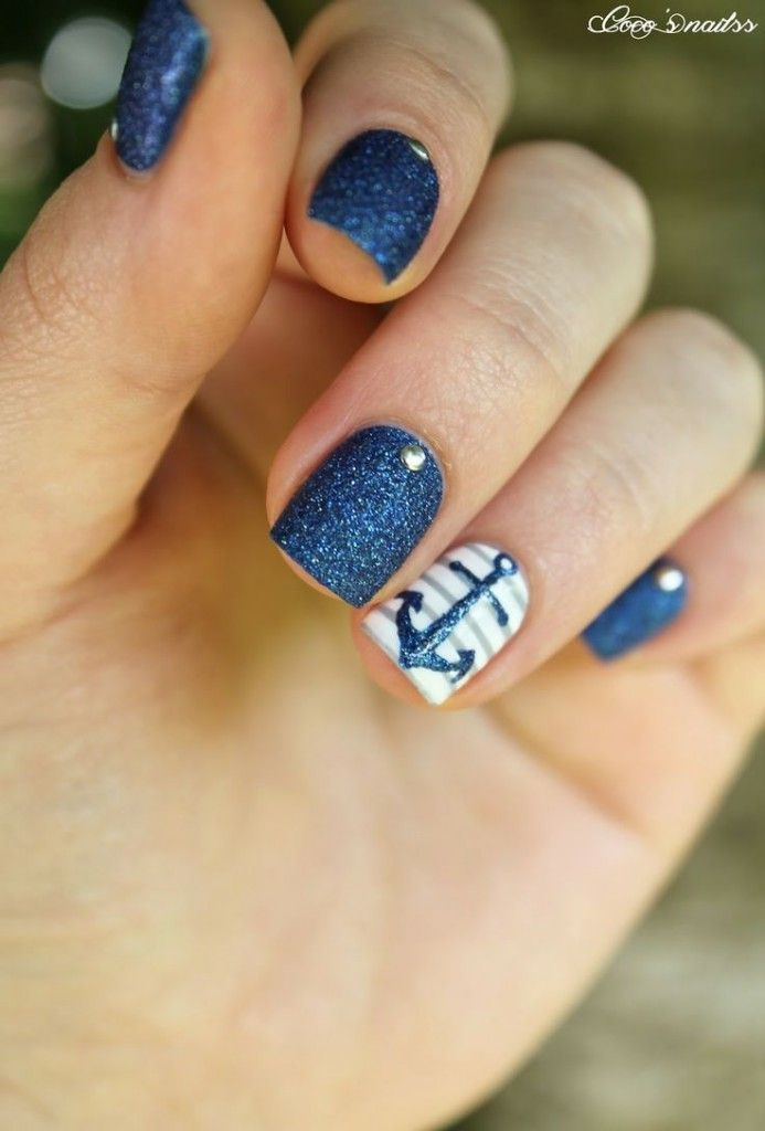 Glamorous nautical nails with anchor and glitters | Nailed It ...