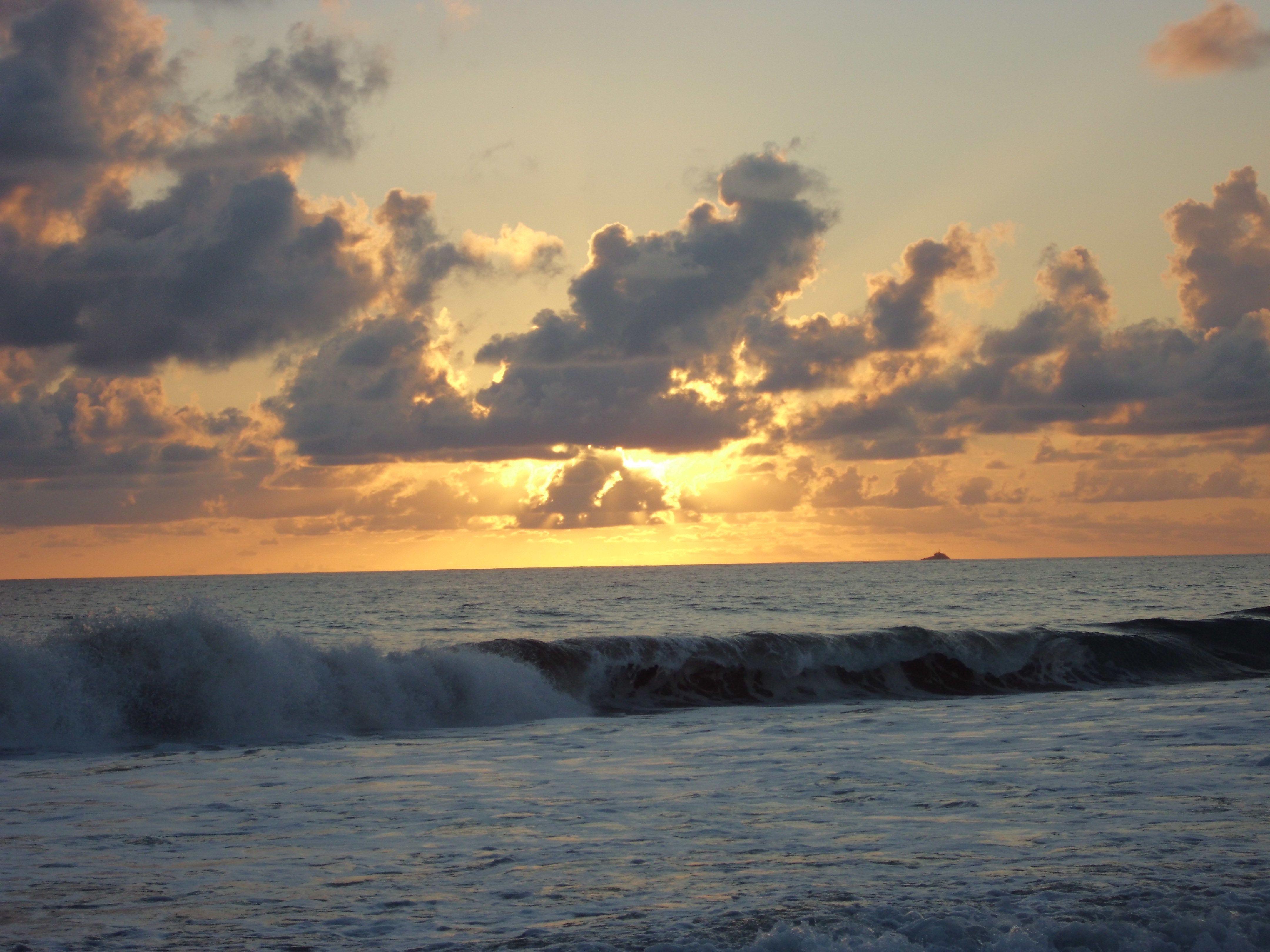 Playa Larga, una de las playas de Ixtapa Zihuatanejo más hermosas.