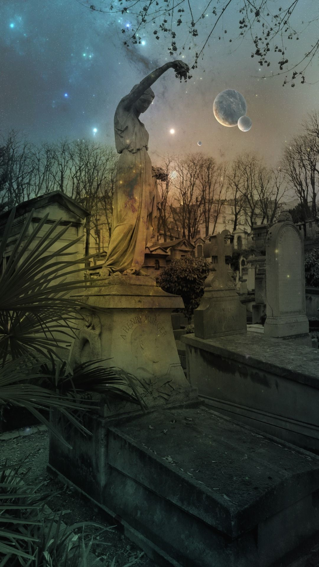 Cimetiere de Montmartre. Photographer Amber Maitrejean.