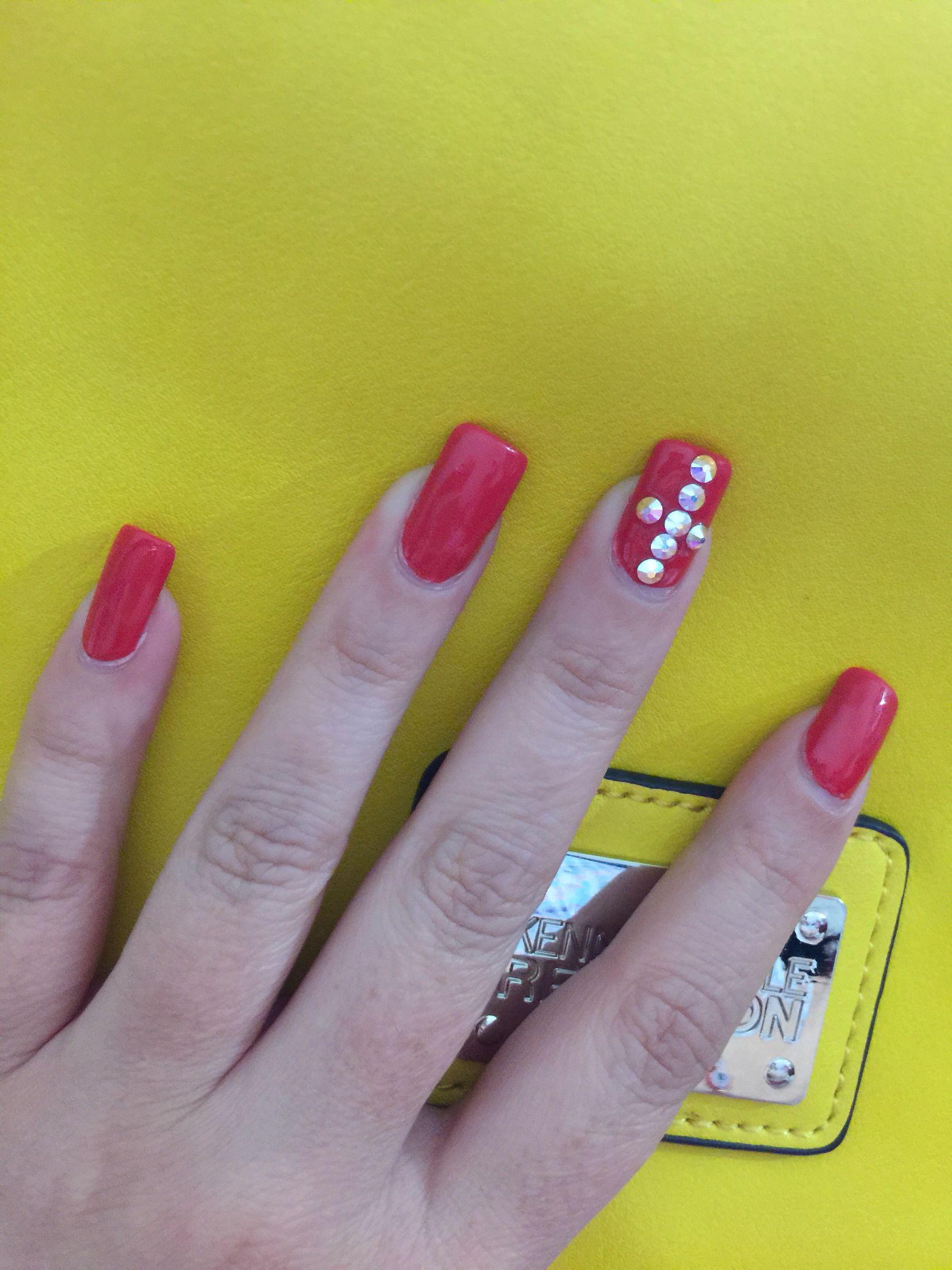 Rojas febrero | Uñas | Pinterest | Damas