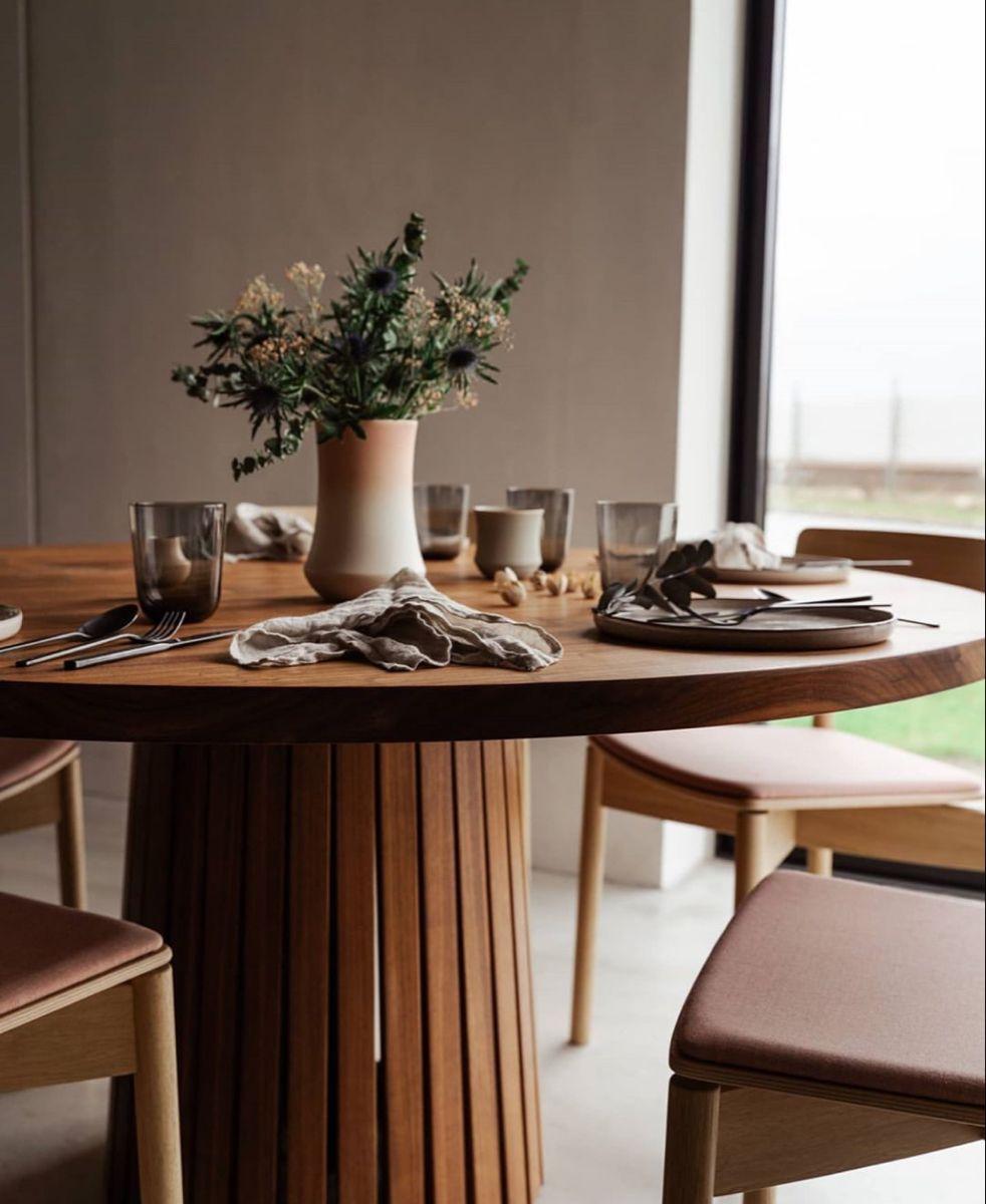 #søjlebord #traefolk #spisebord #diningroomtable #rounddiningtable