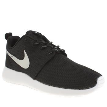 nike black silver roshe run trainers