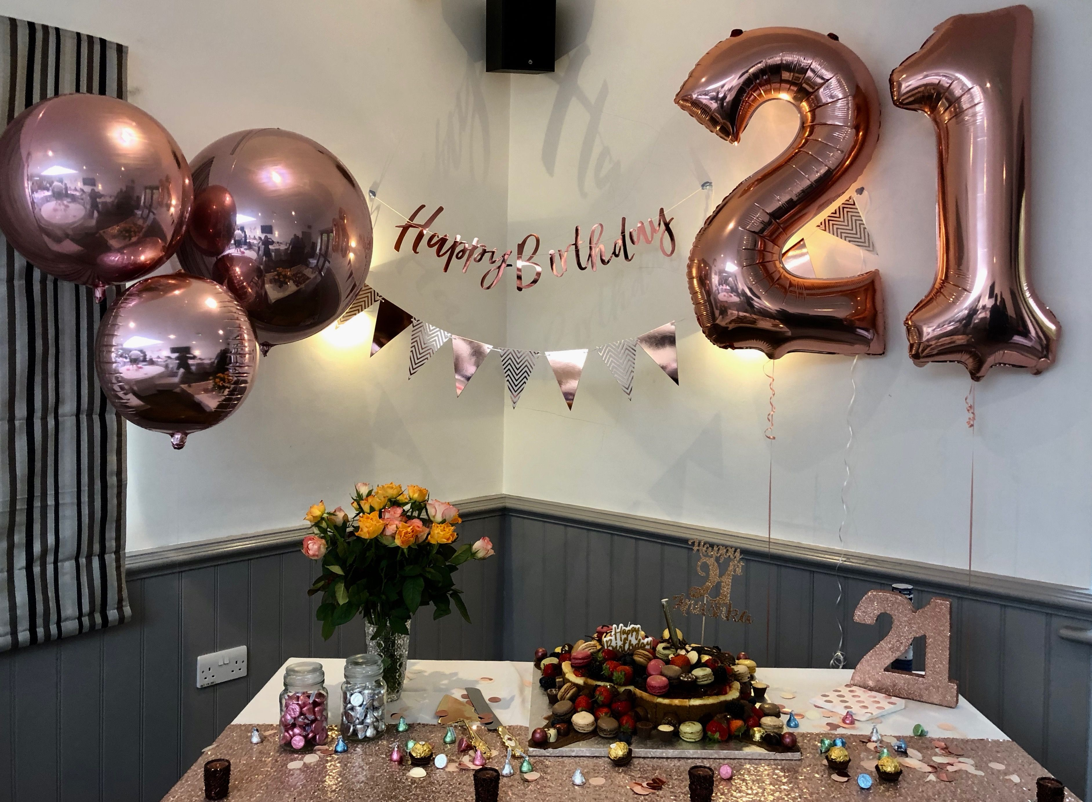 Rose Gold 21st Birthday Set Up Rosegold Gingerray 21 Party 21st Birthday Decorations Birthday Decorations At Home 21st Birthday Themes