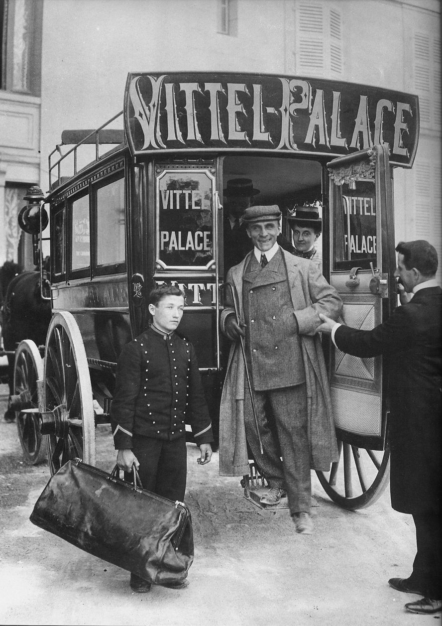 Arriving at the hotel. 1920's. ©famoushotels