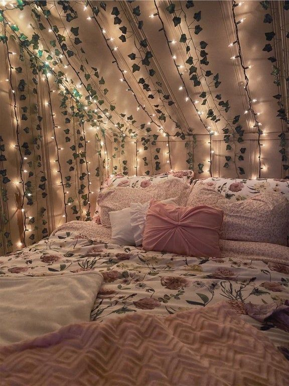 decided my bed needed a refresh! : CozyPlaces in 2020 ...