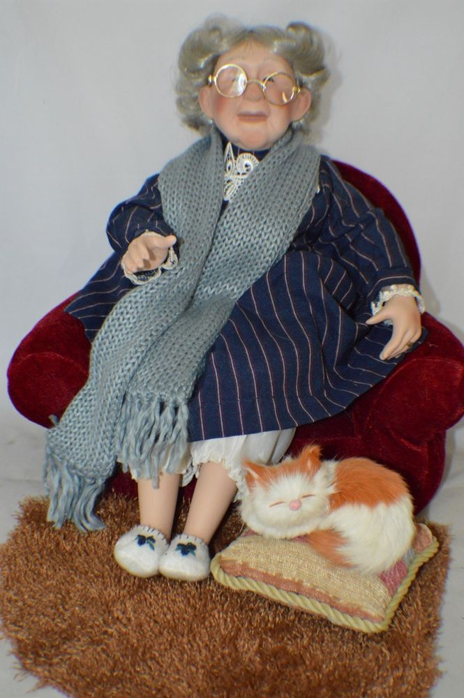 NEW GRANNY AND FLUFFY HERITAGE SIGNATURE COLLECTION DOLL