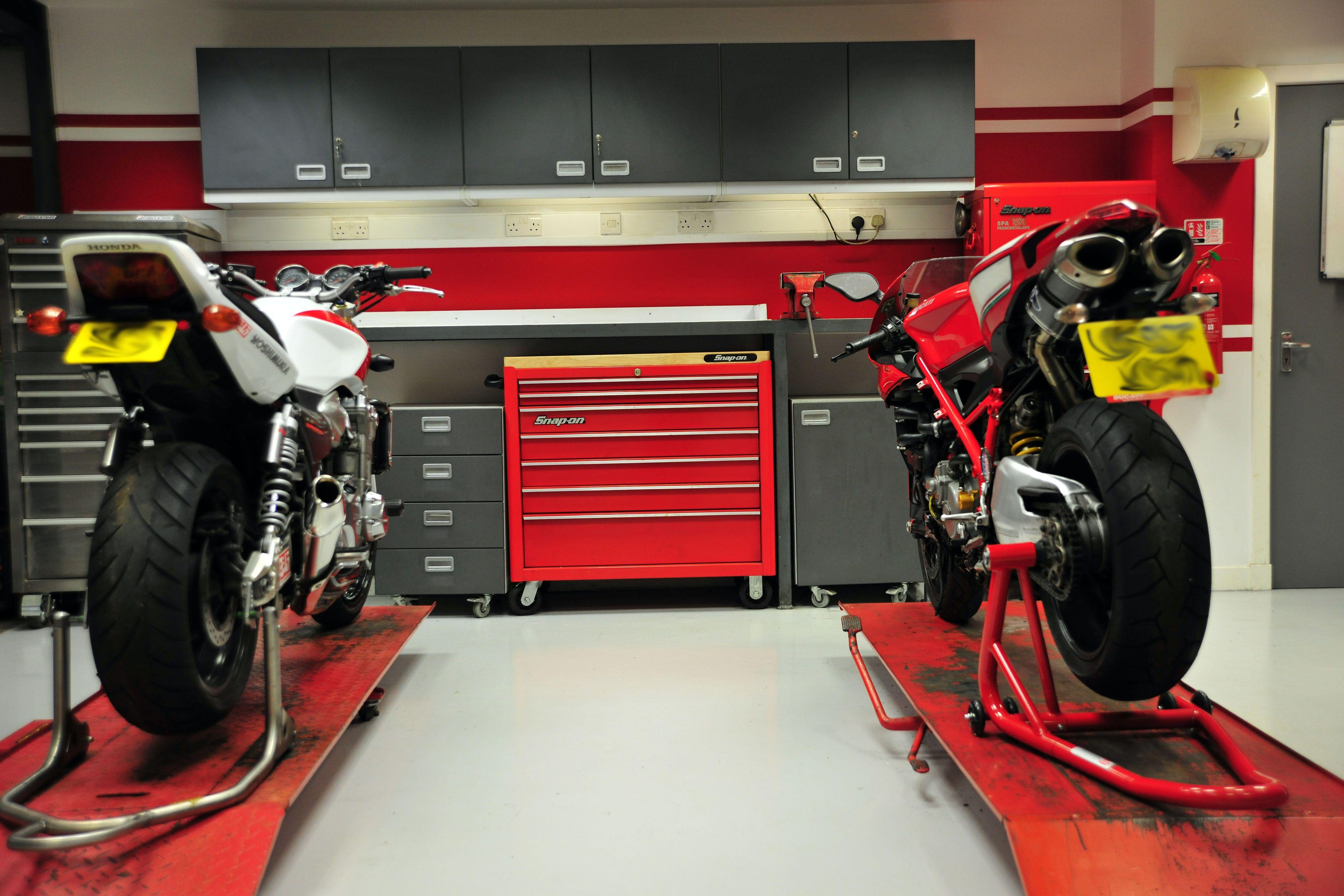 Images For Motorcycle Workshop Shop Ideas Motorcycle Workshop
