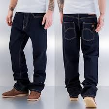 Lo Puedes Combinar Casi Con Cualquier Prenda Por Su Tonalidad Oscura Jean Para Caballero Ancho Color Oscuro Talla 28 38 70 000 Jeans Hombre Jeans Hombres