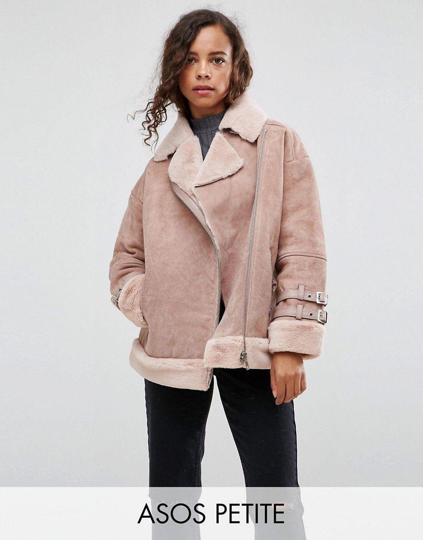 ed4e124f9f3 ¡Consigue este tipo de chaqueta de cuero de Asos Petite ahora! Haz clic para