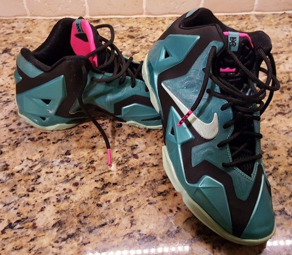 7ec776accb10 Nike Lebron 11 XI South Beach Sport Turquoise 616175-330 Boys size 4.5 y  Shoes  fashion  clothing  shoes  accessories  kidsclothingshoesaccs   boysshoes ...