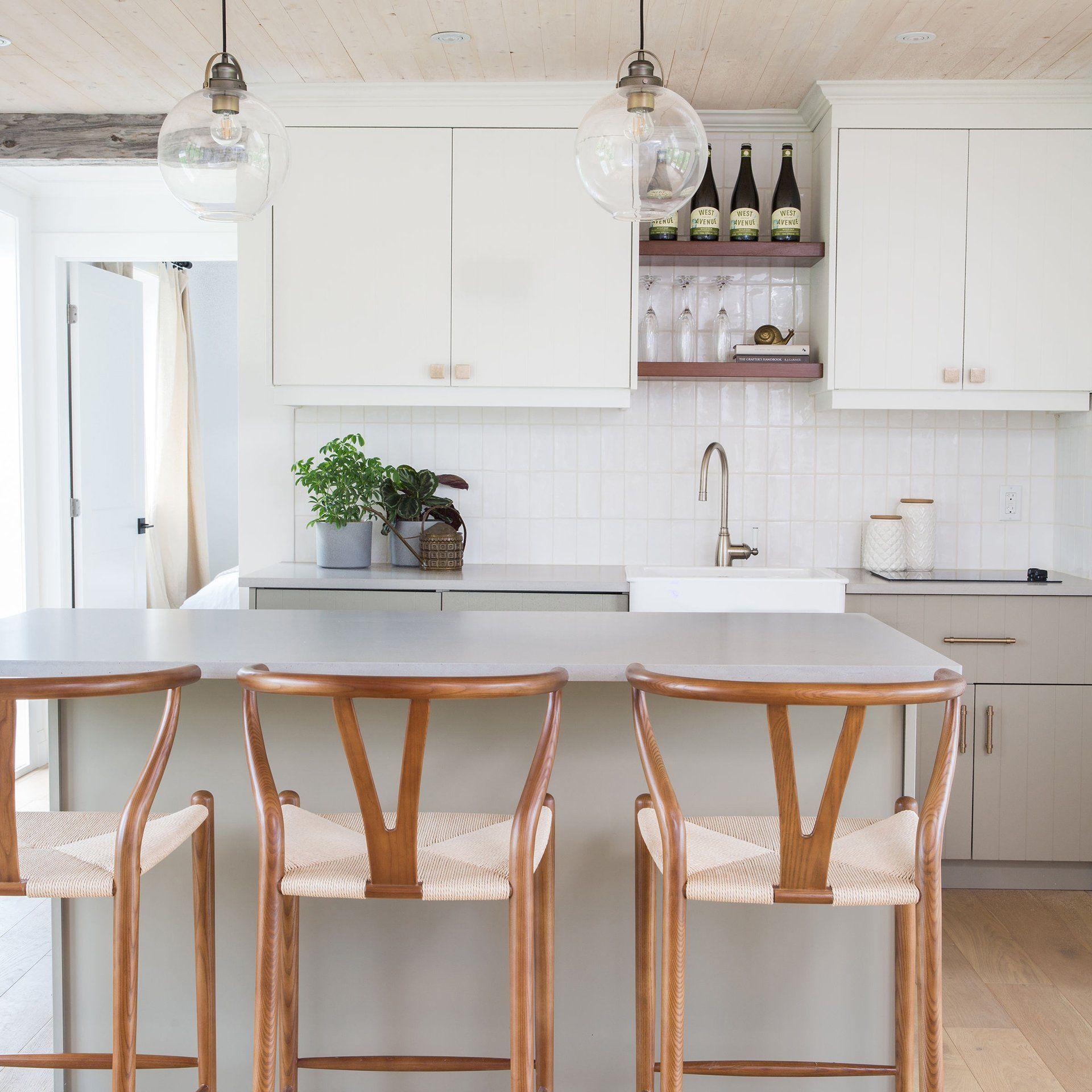Charming Cozy Cabin With Modern Beadboard Doors Beadboard Kitchen Grey Kitchen Designs White Beadboard