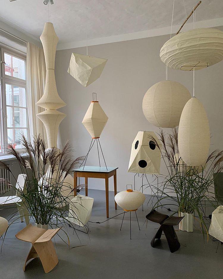 Akari Light Sculptures By Isamu Noguchi In 2020 Isamu Noguchi