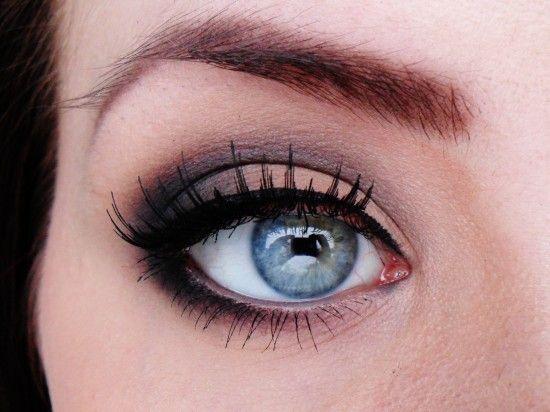 Natural With Dark Crease Makeup Tutorial Makeup Geek Eyeshadow