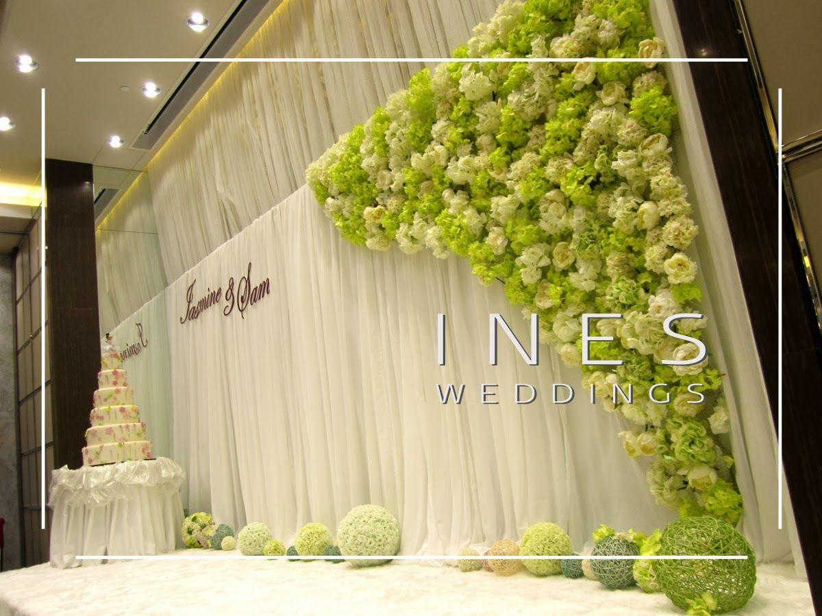 Asymmetric Wall | Modified Flower Walls We Love | Pinterest