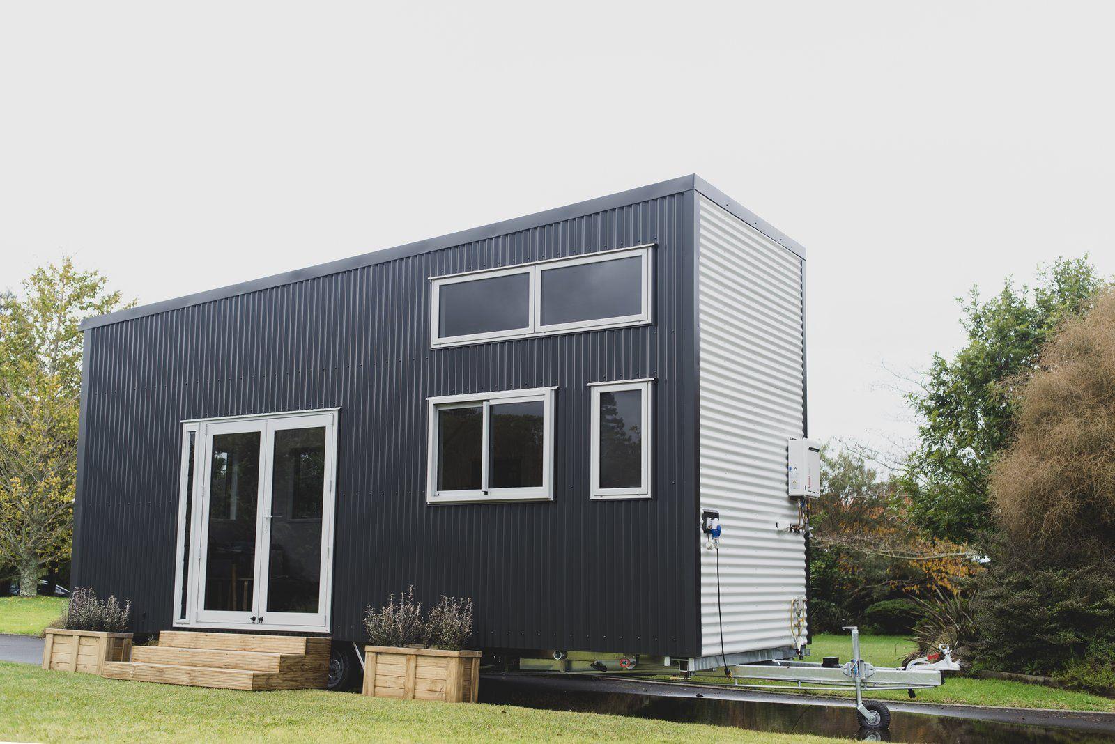 Exterior Material De Techo De Metal Material De Revestimiento De Metal Tipo De Construccion De Casa Peq Tiny House Exterior Corrugated Metal Roof Tiny House