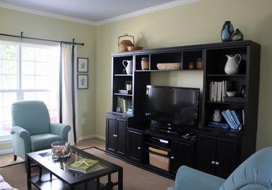 http://budgetdecorating.about.com/od/livingroom/ss/Image-Gallery-Of-Small-Living-Room-Photos_4.htm