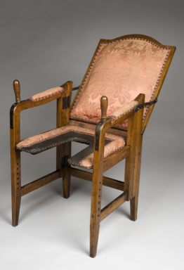 Old Fashioned Birthing Chairs Lazy Boy Wingback This Adjustable Chair Let 18th Century Women Give Birth In Something Parturition Germany 1601 1700 Science Museum