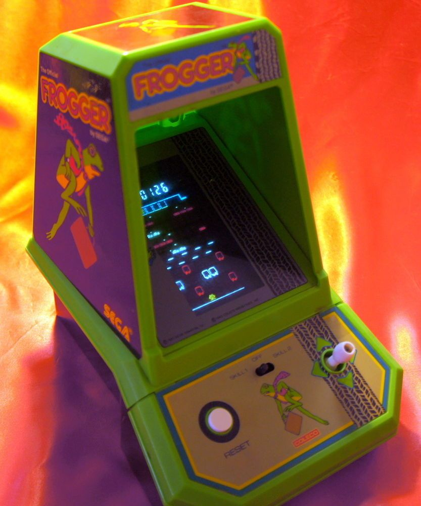1981 Coleco Midway Official Frogger Table Top Arcade Game 2390