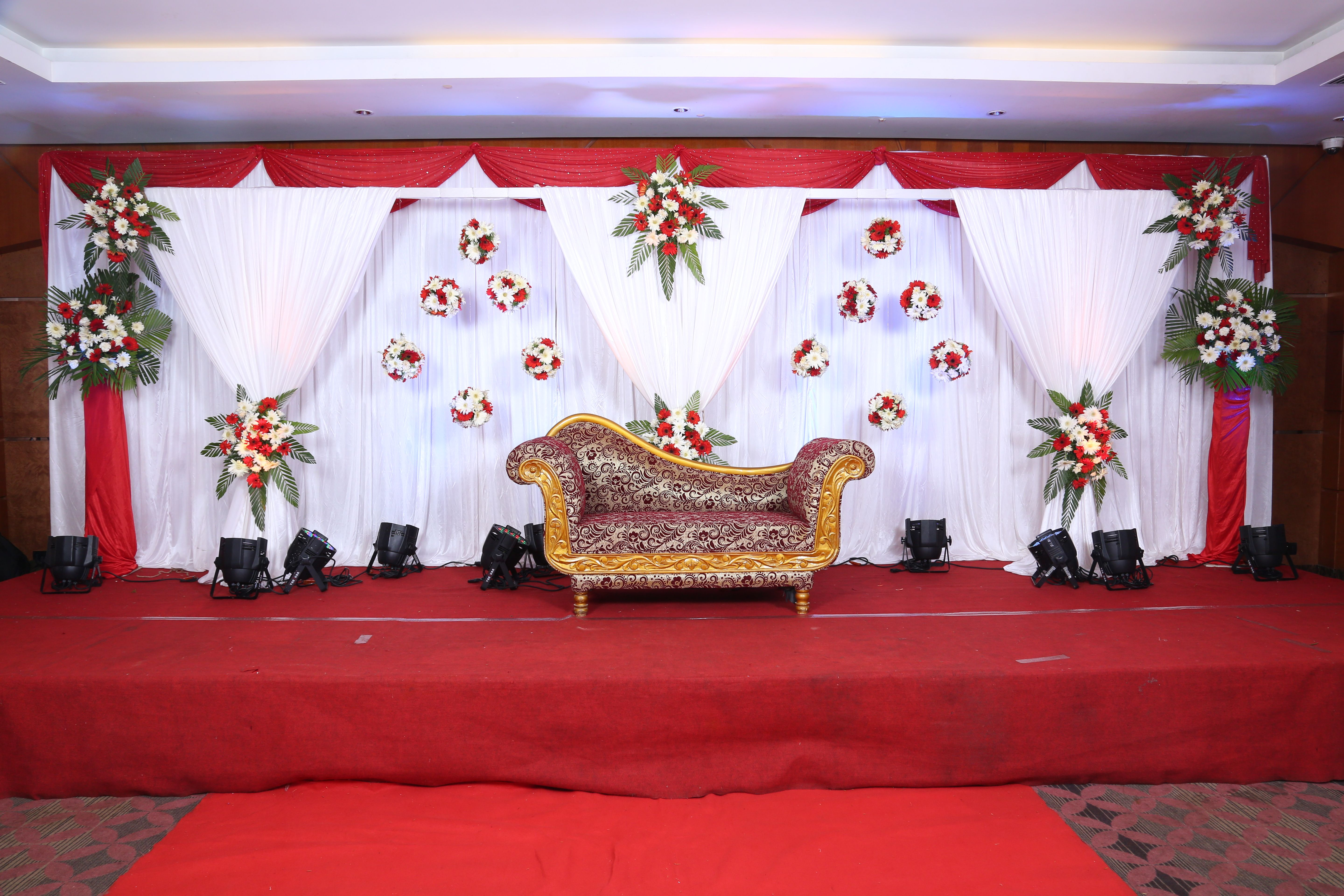 Wedding reception decor by bonding decors at hablis hotel chennai wedding reception decor by bonding decors at hablis hotel chennai enquire at bigfday to junglespirit Image collections