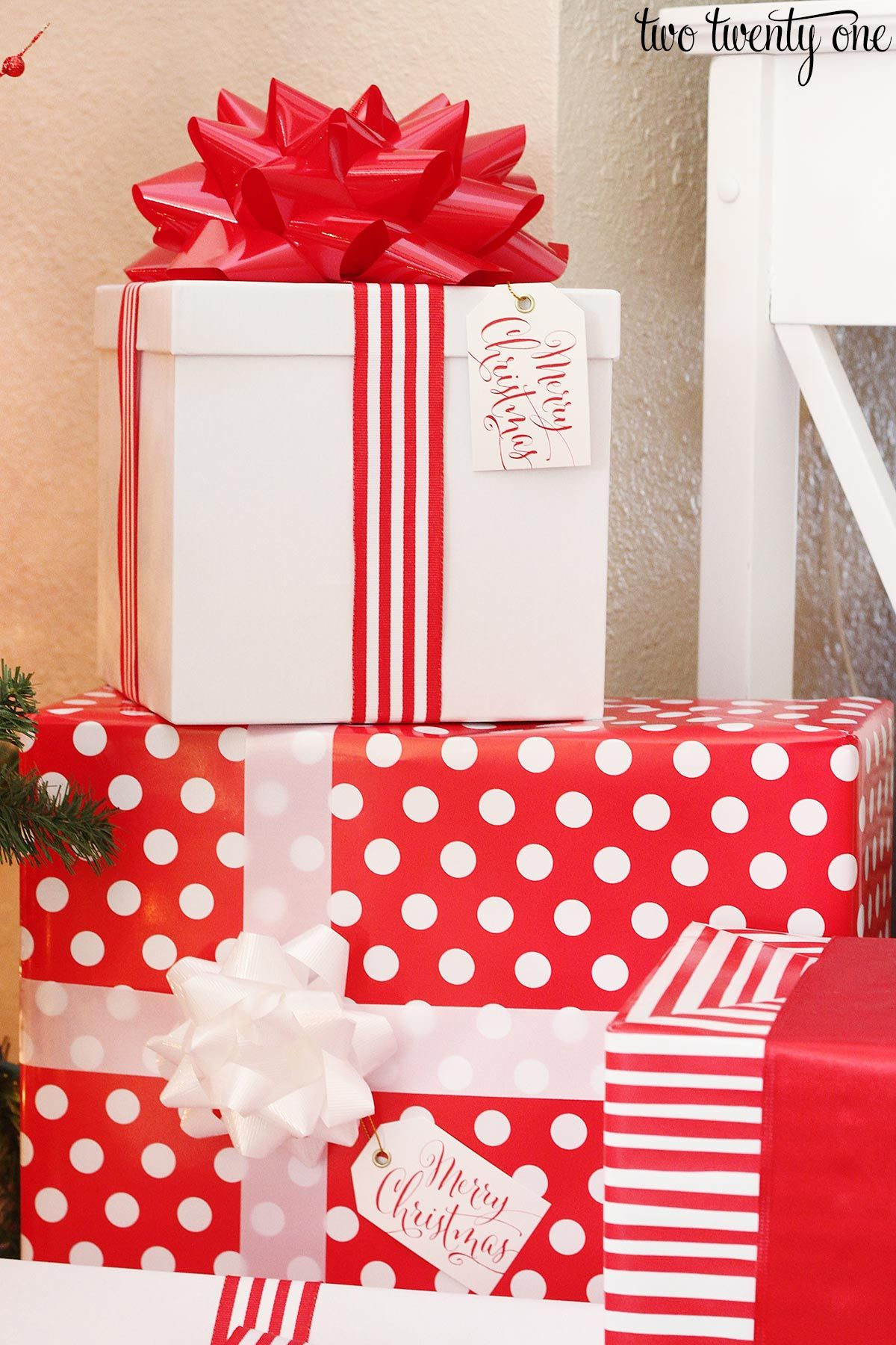 Mesh ribbon ideas for christmas gifts