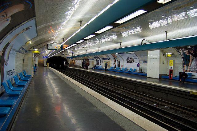 Notre Dame De Lorette Paris Metro Metro Station Paris