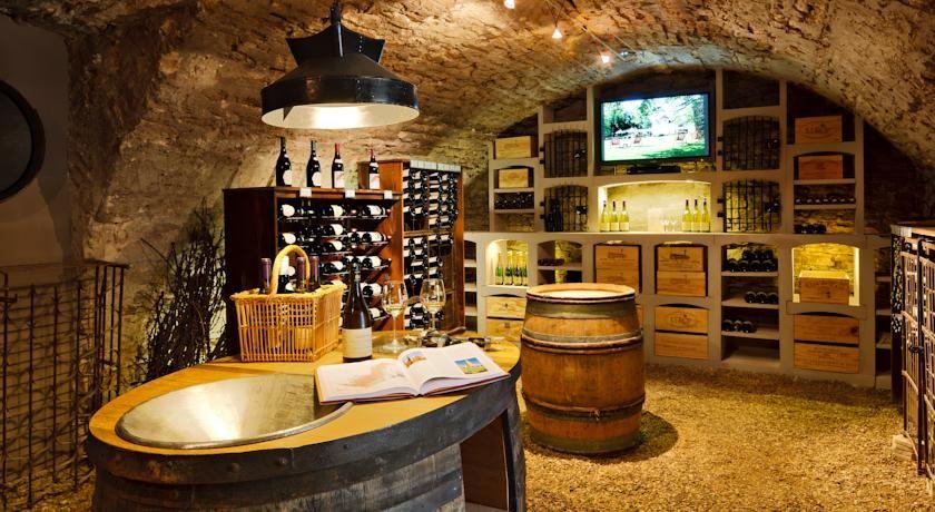 Hostellerie De Levernois Wine Cellar Design Wine Cellar Rustic