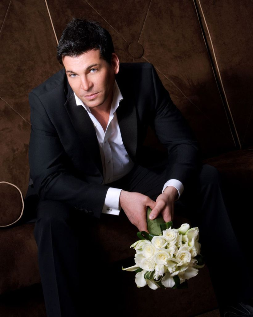 David Tutera. love this man! he is amazing & i would be HONORED if he would do my wedding.....one day!