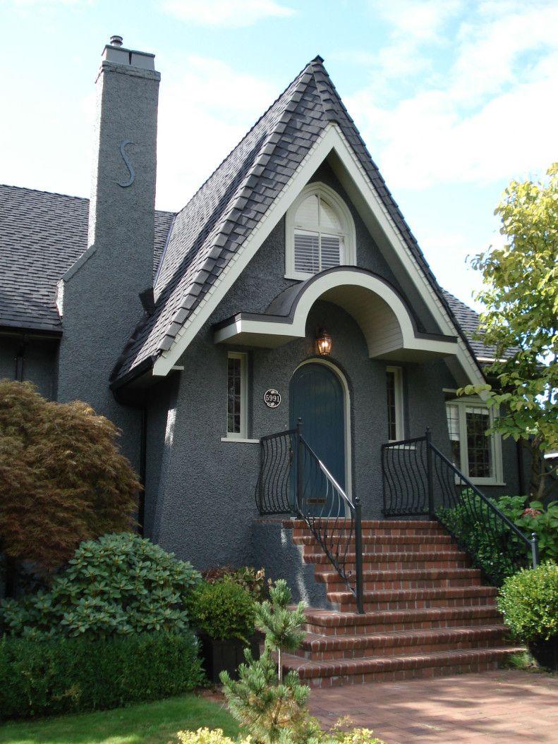 My favourite grey -- Farrow & Ball Downpipe Grey  Stucco HousesGray ...