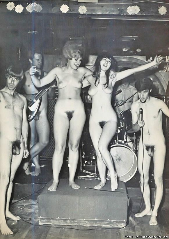 naked rock and roll women