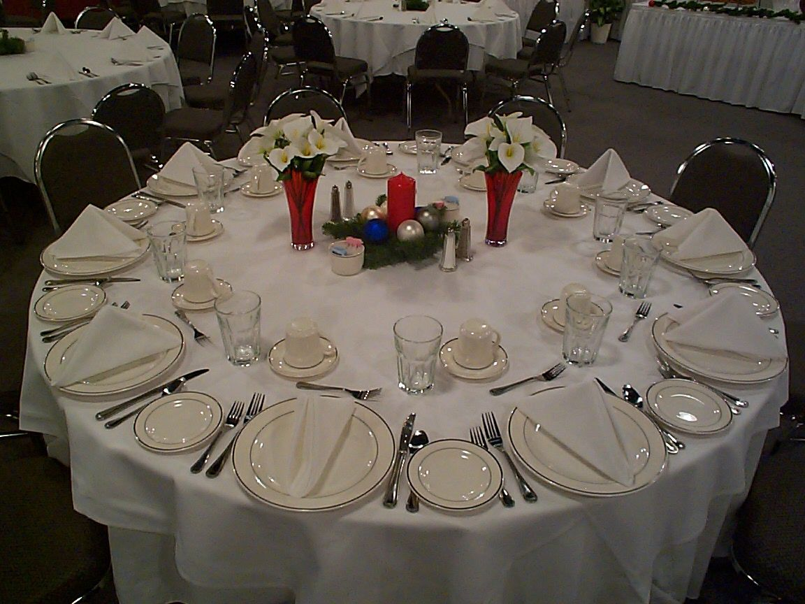 Decorating Banquet Tables Decoration Ideas Decoration Ideas Christmas Party For 180 Pe Banquet Table Decorations Easter Table Decorations Spring Table Decor