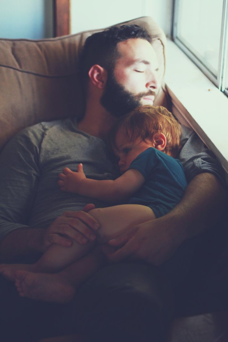 Baby bed heartbeat - Father