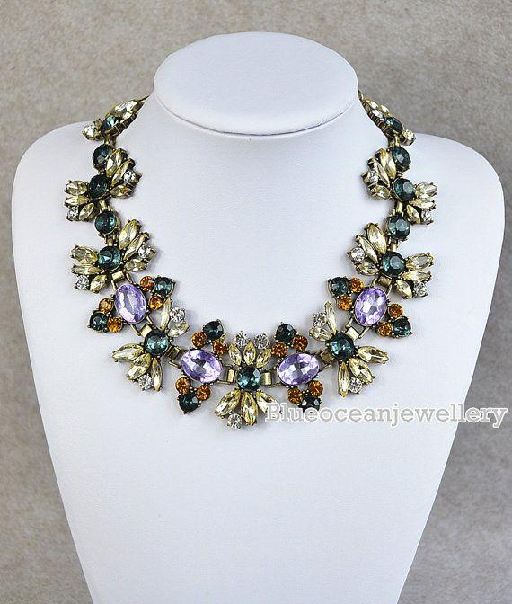 Retro Style Flower Necklace Bib Necklace by Blueoceanjewellery, $25.90