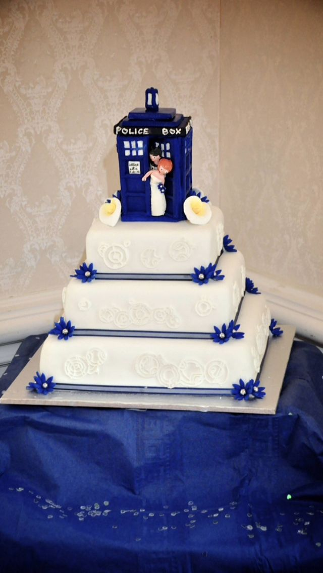 Tardis Wedding Cake Party Decors Cakes Pinterest Tardis