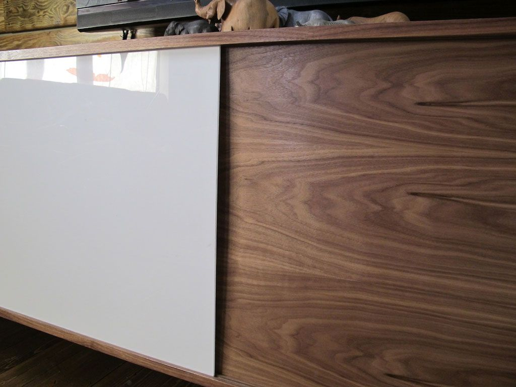 Wood Veneer Cabinet Doors Plexiglass Doors Wood And White Combo Apartment Deco