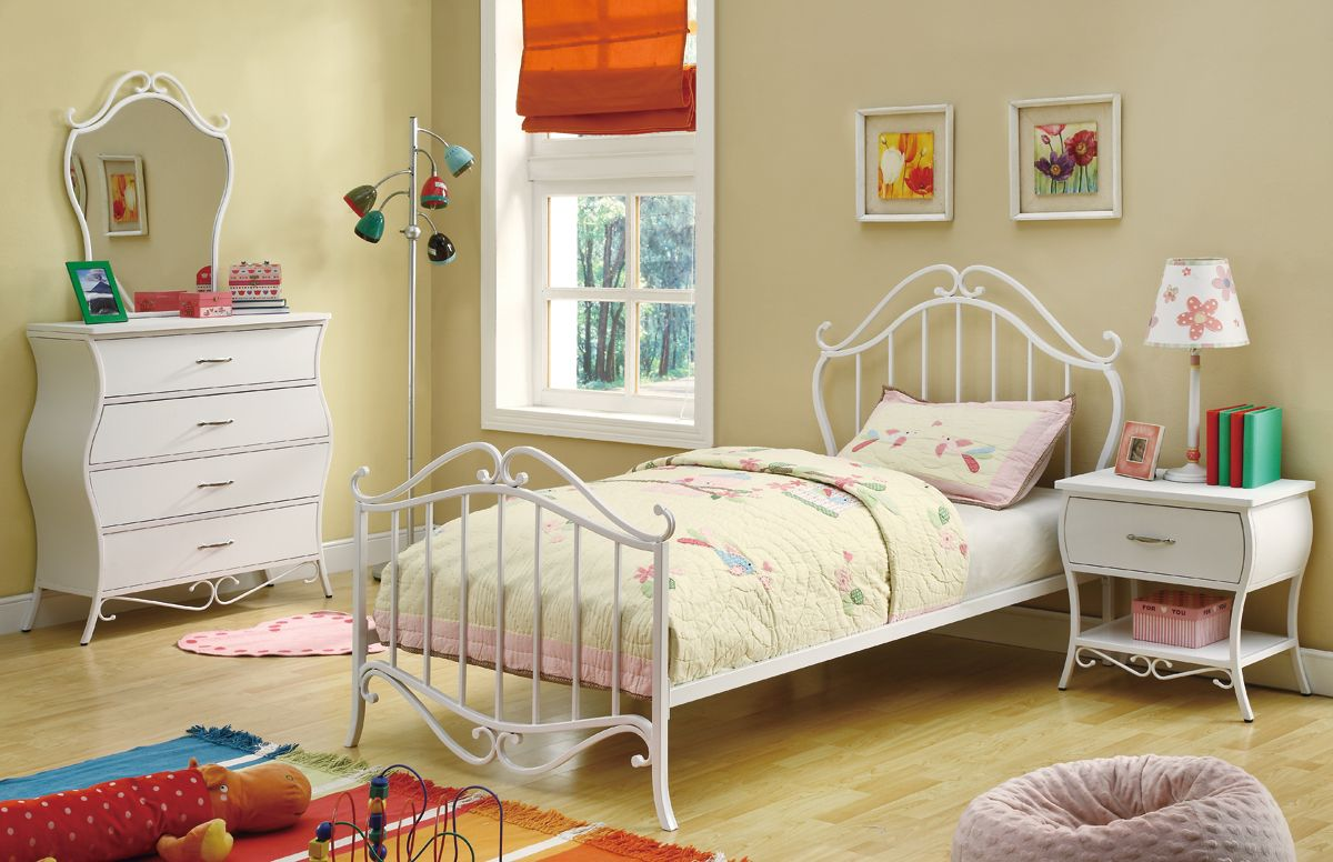 The Advantages Of Youth 400521 Childrens Bedroom Furniture
