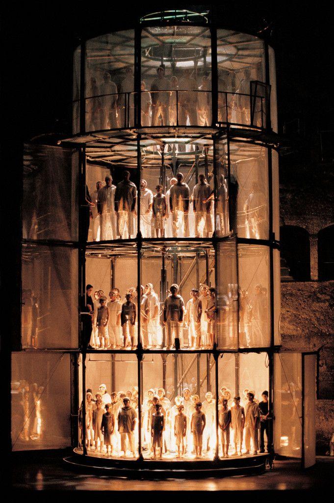 La Condemnació De Faust La Fura Dels Baus Stage Set Design Set Design Theatre Scene Design