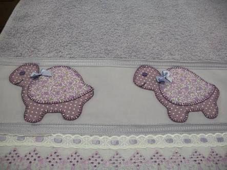 Resultado de imagem para toalhas de banho em patch aplique