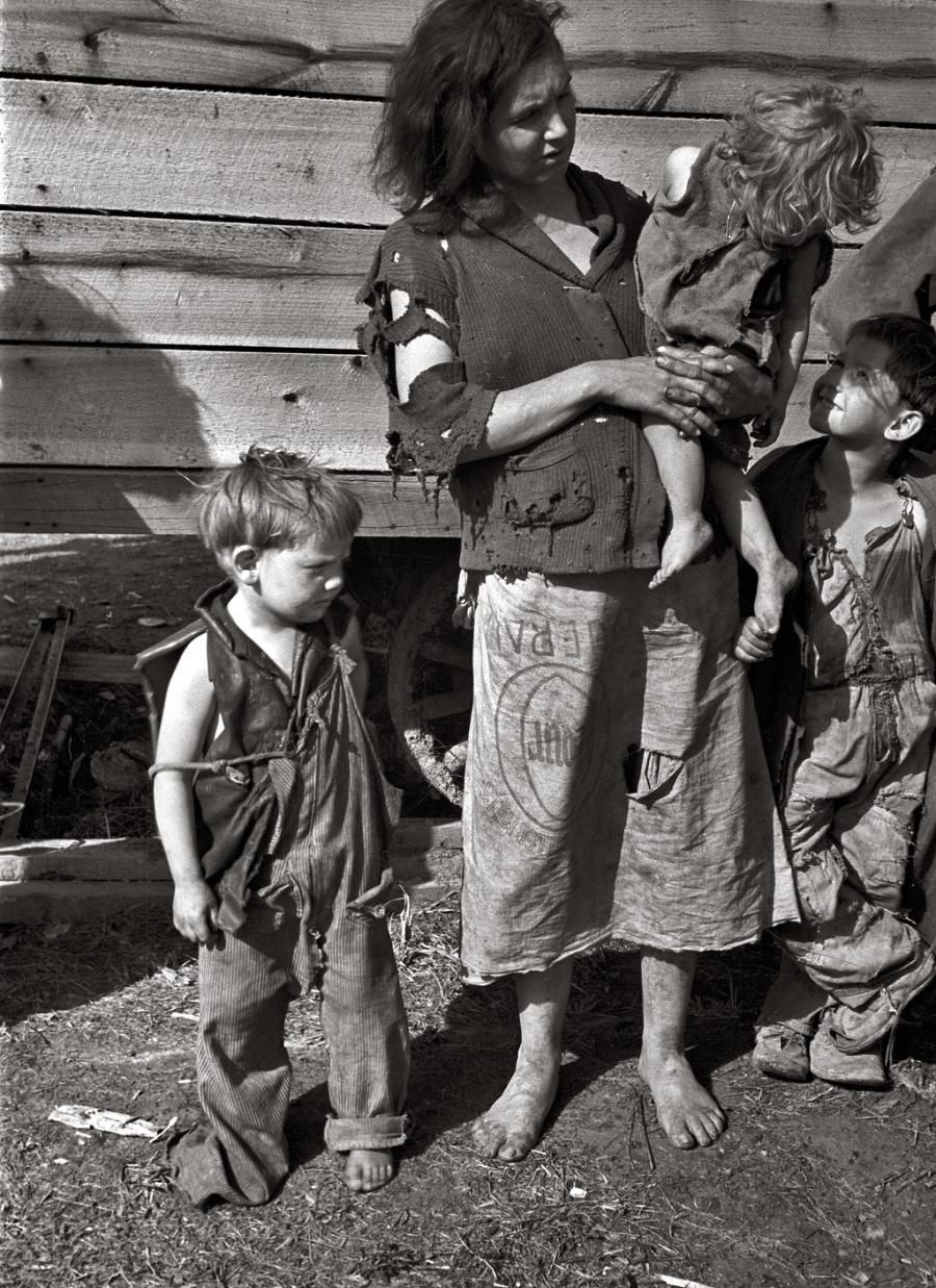 Great Depression - one of nine children off U.S. Route 70 in Tennessee.