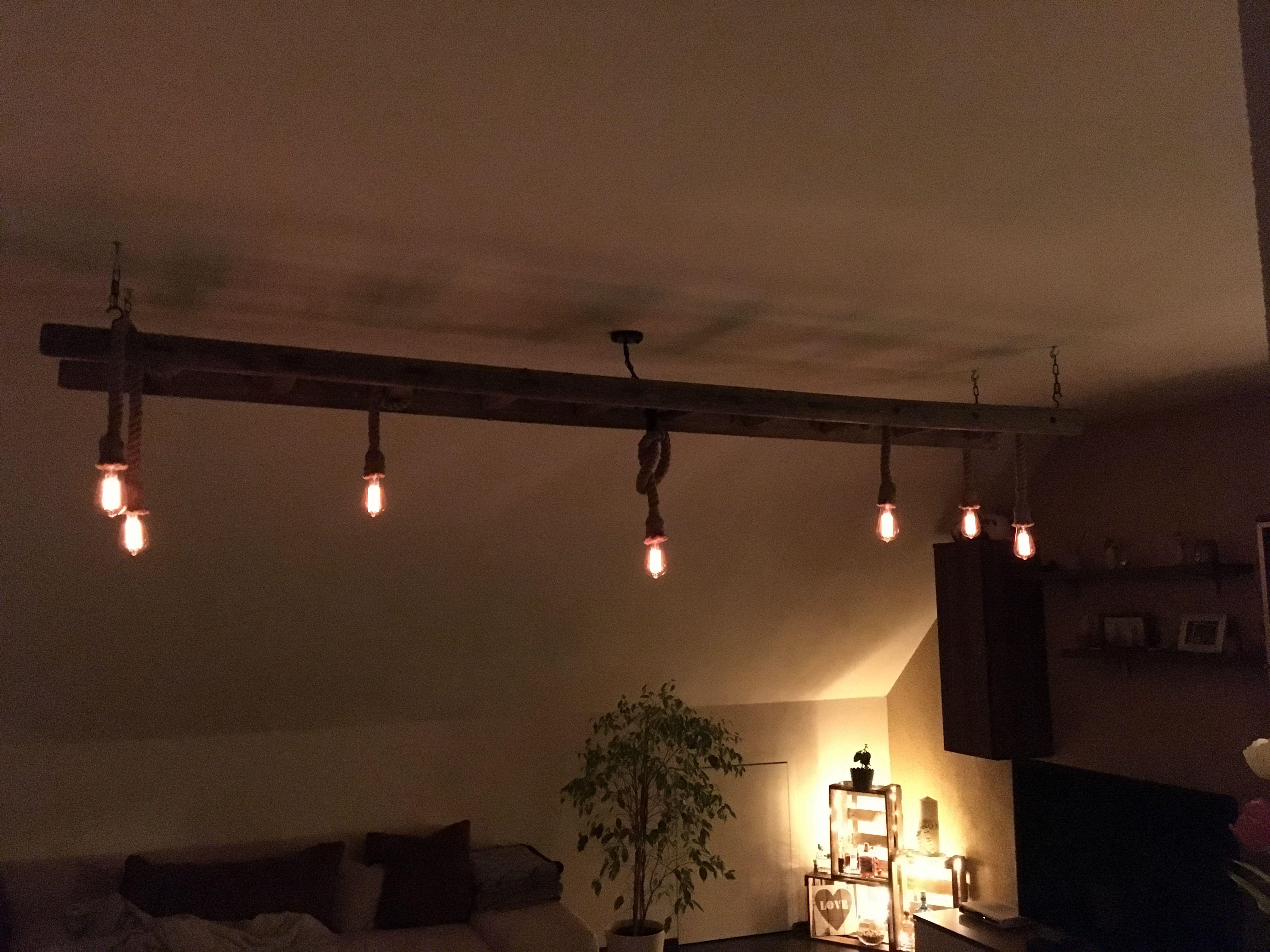 Leiterlampe aus Holz