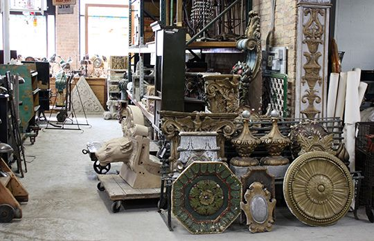 4 Sources for Architectural Salvage in Chicago Architectural salvage shops are increasingly popular destinations for designers, collectors, and remodelers, and for the home decorator looking for unique furnishings, there's no better place to start a search.