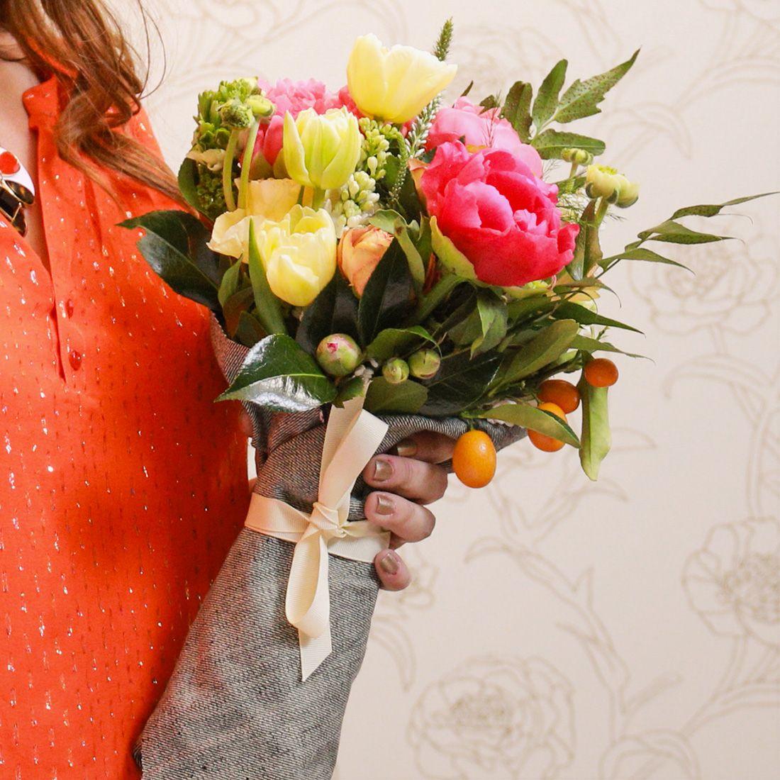 Flower arranging online class flower arrangements