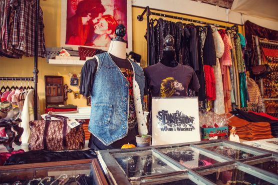 Tiger Blanket Records Vintage Boutique Vintage Clothes Shop Vintage Stores Nyc Wholesale Kids Clothing