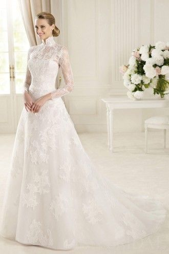Vintage Princess High Neck Long Sleeves Illusion Back Lace Modest Wedding Dress