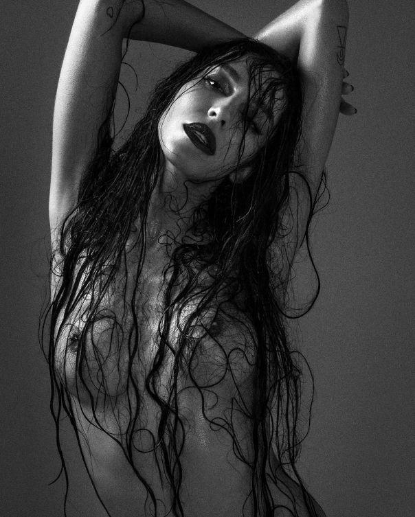 Transgender model lea t nude was specially
