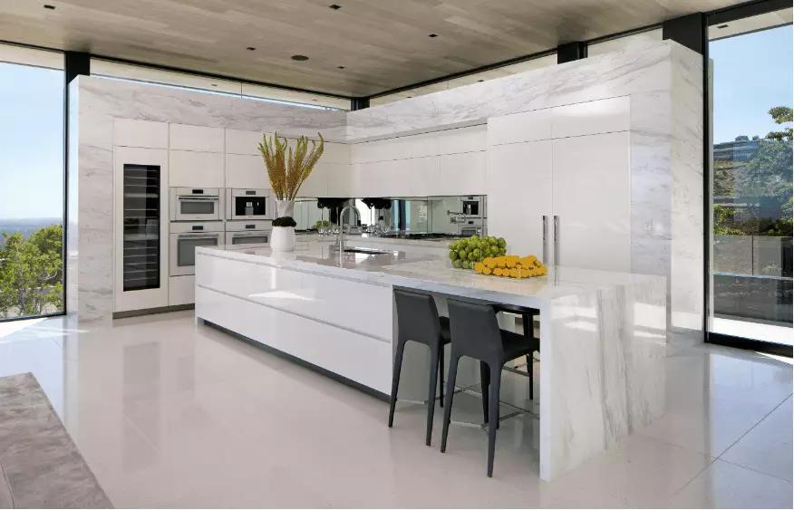 Kitchen Remodel Long on Style, Savings