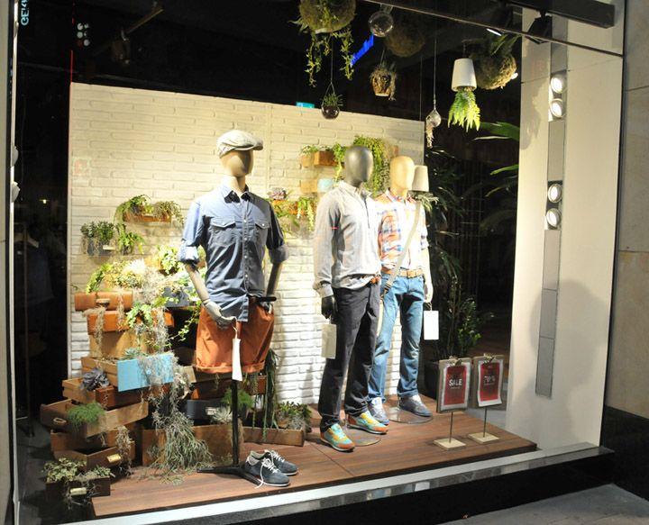 Visual merchandising on pinterest retail design window for Window design visual merchandising