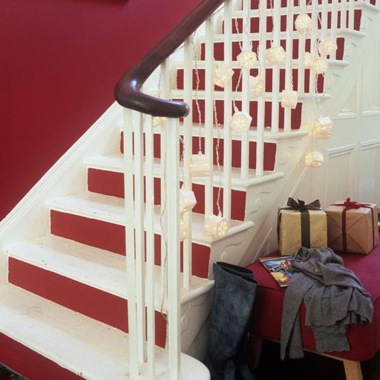 30 Ideas Para Decorar Escaleras Paredes Descansillos Barandillas Y Escalones Mil Ideas De Decoracion Escalones De Madera Escaleras Pintadas Hogar