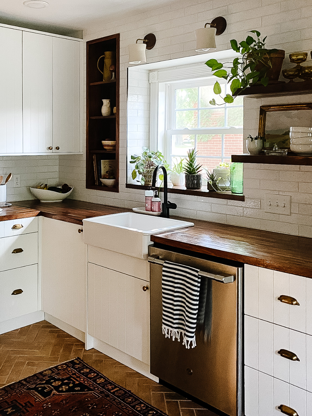 Before And After Incredible Ikea Kitchen Remodel With Semihandmade Interior Designer Des Moines Jillian Lare In 2020 Ikea Kitchen Remodel Ikea Kitchen Design Kitchen Cabinet Design