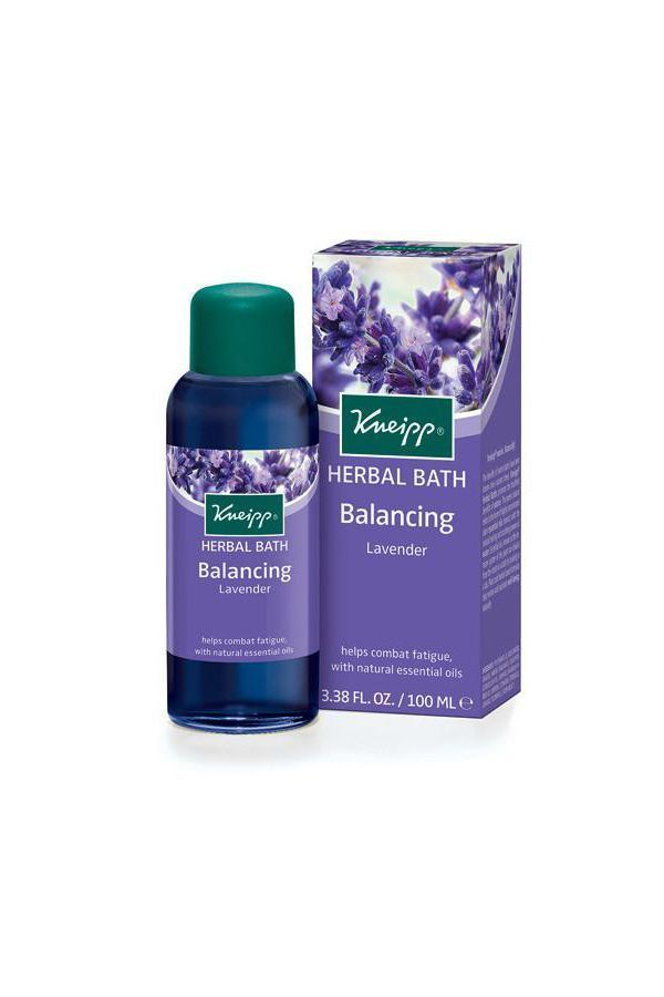 The Effects Of Aromatherapy Bath Oil On Your Body Herbal Bath Herbal Bath Tea Bath Oils